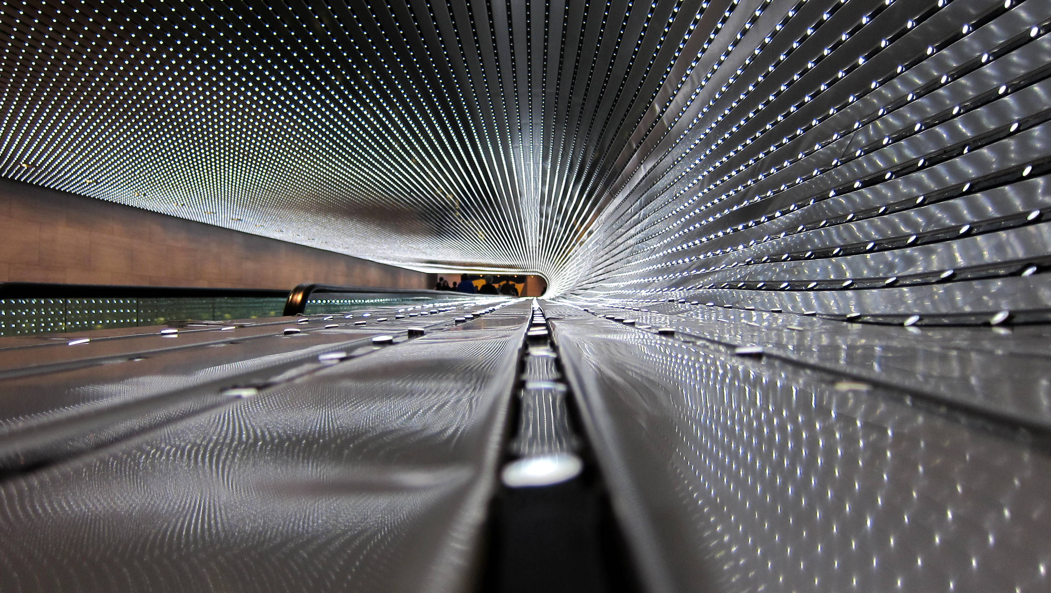 English: Multiverse, a light sculpture by Leo ...
