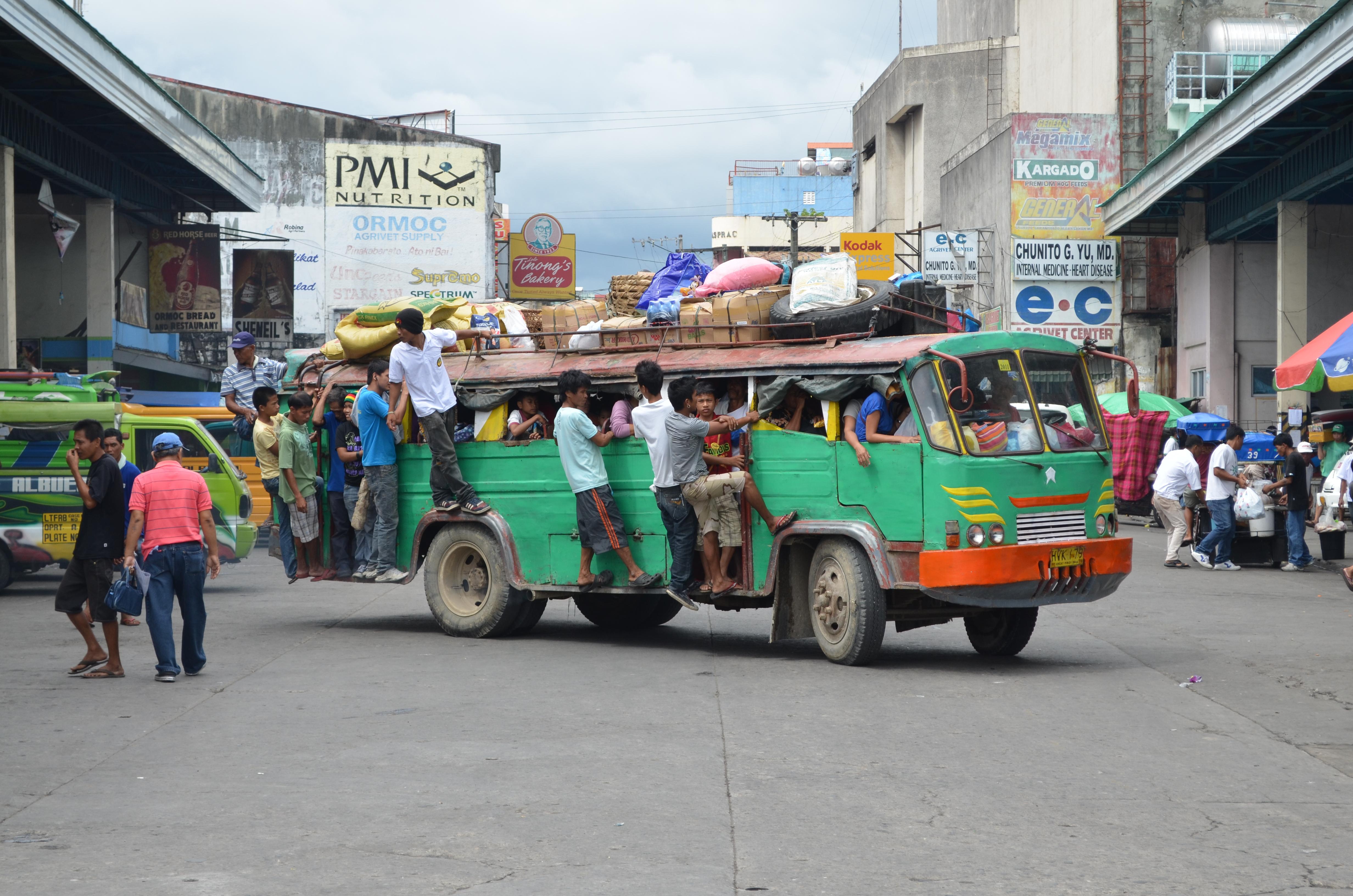 pilipinas noong ika 19 dantaon – kakaiba ang la sagrada familia mula sa mga pintang relihiyoso noong panahon ni domingo ng sining sa pilipinas, noong ng ika-19 dantaon si jose.