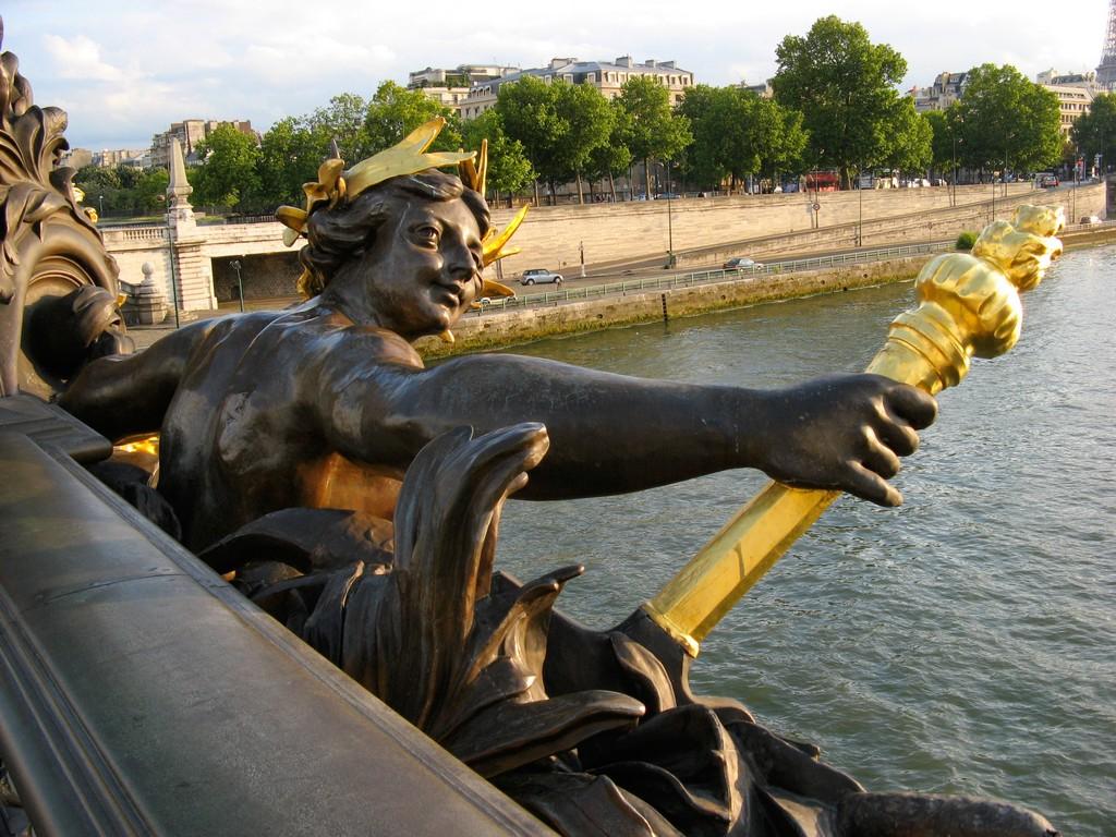 Резултат с изображение за paris alexander bridge