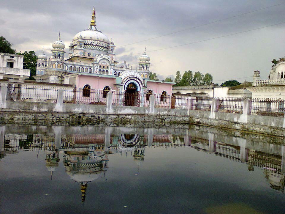 File:Parnami temple panna.jpg