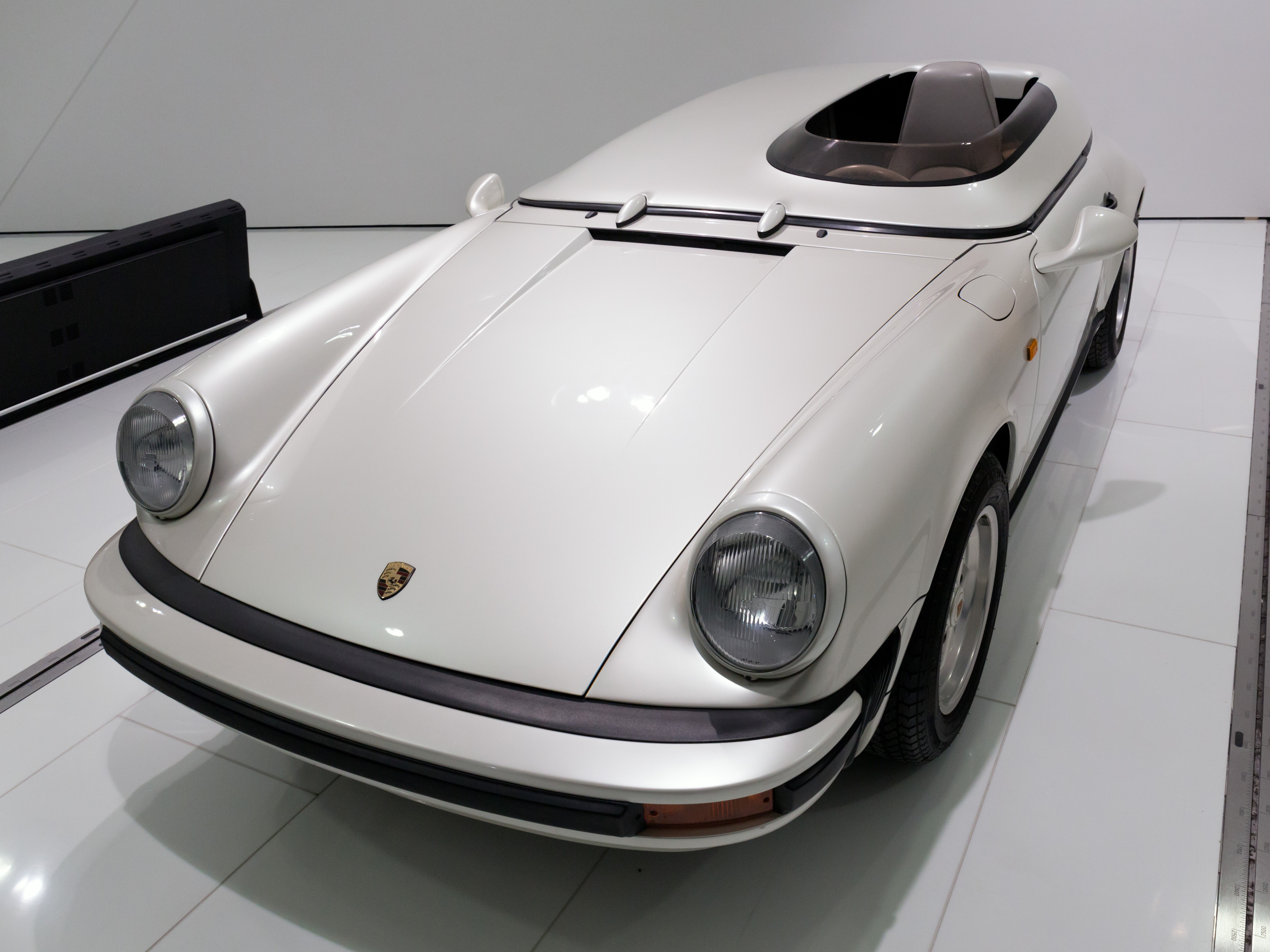File Porsche 911 Carrera Speedster Studie Front Left