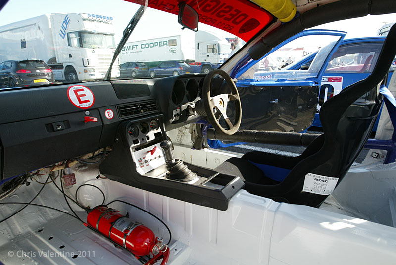 File porsche 924 wikimedia commons for Porsche 924 interieur