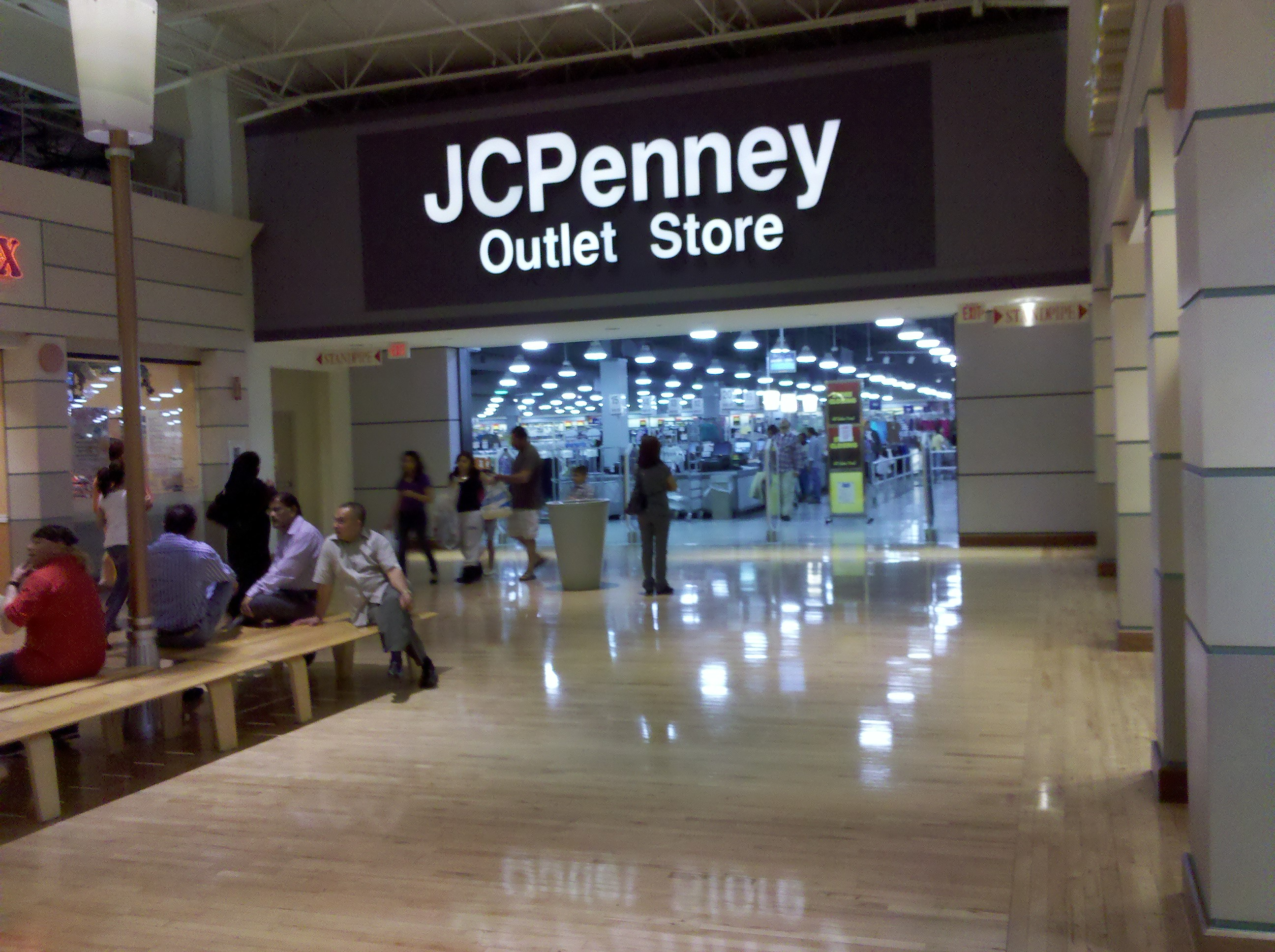 Potomac Mills Mall Clothing Stores