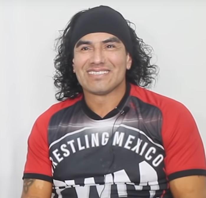 Wrestling WCW AAA WWF WWE Lucha Libre Eddy Kids Eddie Guerrero T-Shirt