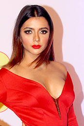 Ruhi Singh graces the 10th Mirchi Music Awards (21) (cropped).jpg