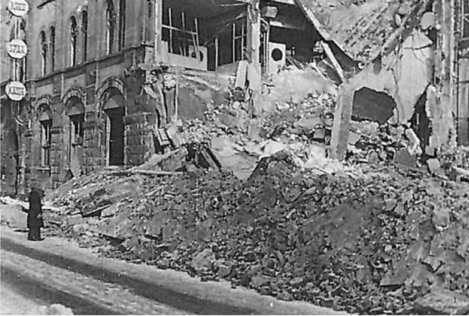 https://upload.wikimedia.org/wikipedia/commons/8/89/SSKR_Ostwall_1945.jpg