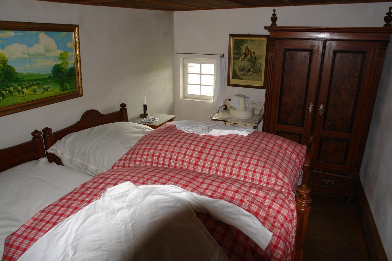 alte schlafzimmer – abomaheber, Schlafzimmer