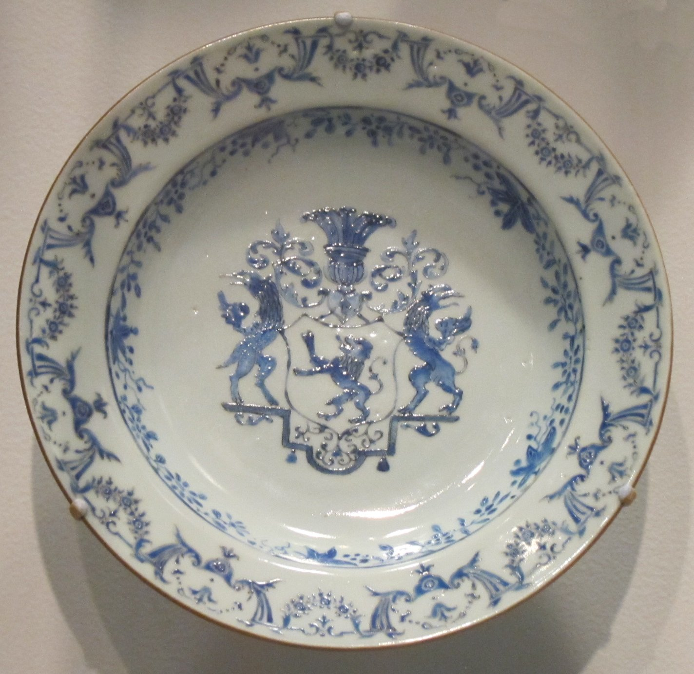 File:Soup plate, c. 1760, Chinese export ware, hard-paste