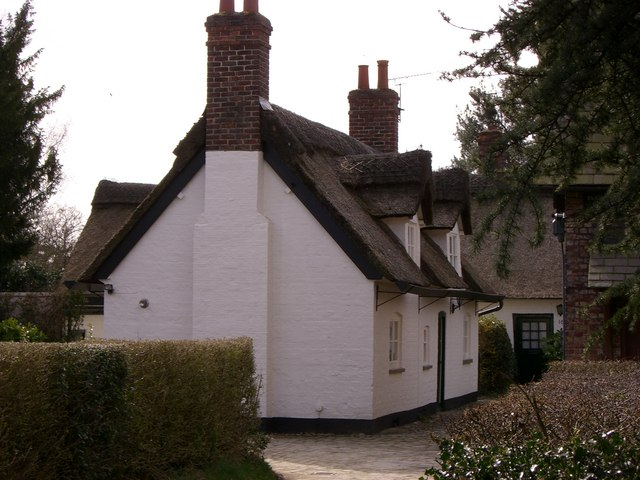 Thatched Cottages at Styal - geograph.org.uk - 734171