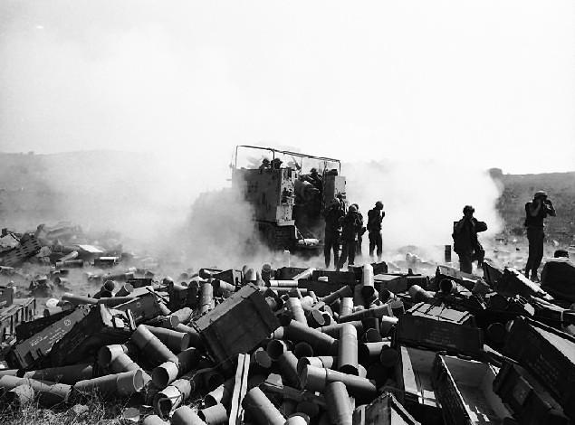 من سفر حرب اكتوبر 1973 ......معركة وادي الدموع .....باجزاء  The_Bloody_Valley_of_Tears_Battle_-_Flickr_-_Israel_Defense_Forces