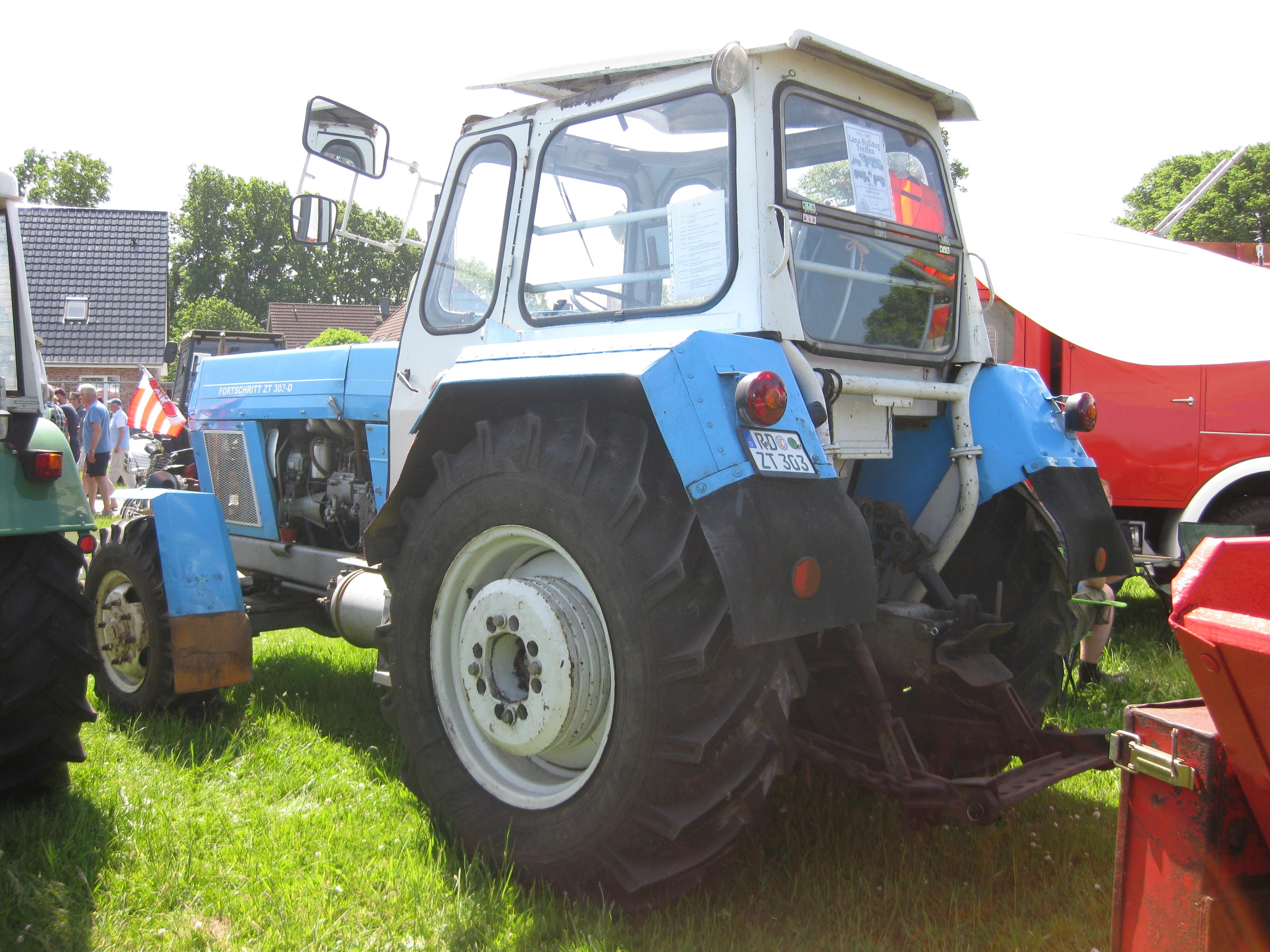 Berühmt Ford 3000 Traktor Schaltplan Ideen - Schaltplan Serie ...