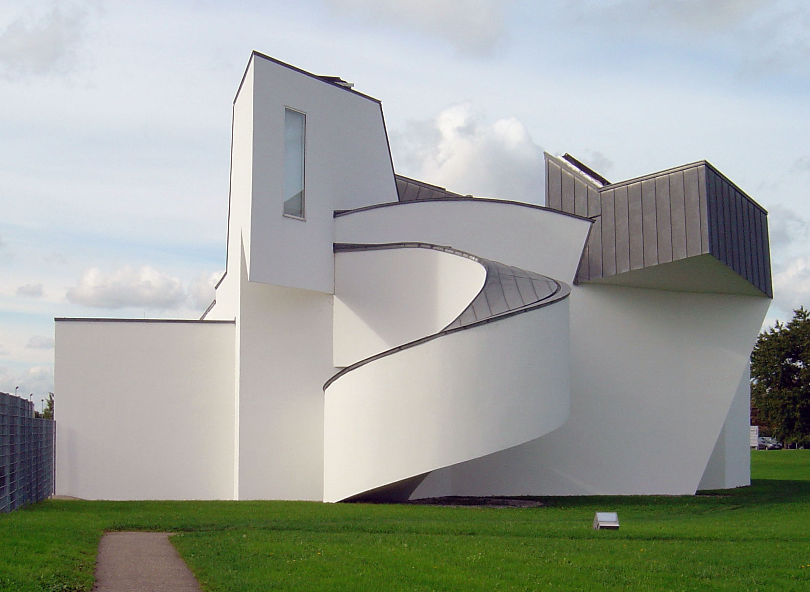 file vitra design museum rear wikimedia commons