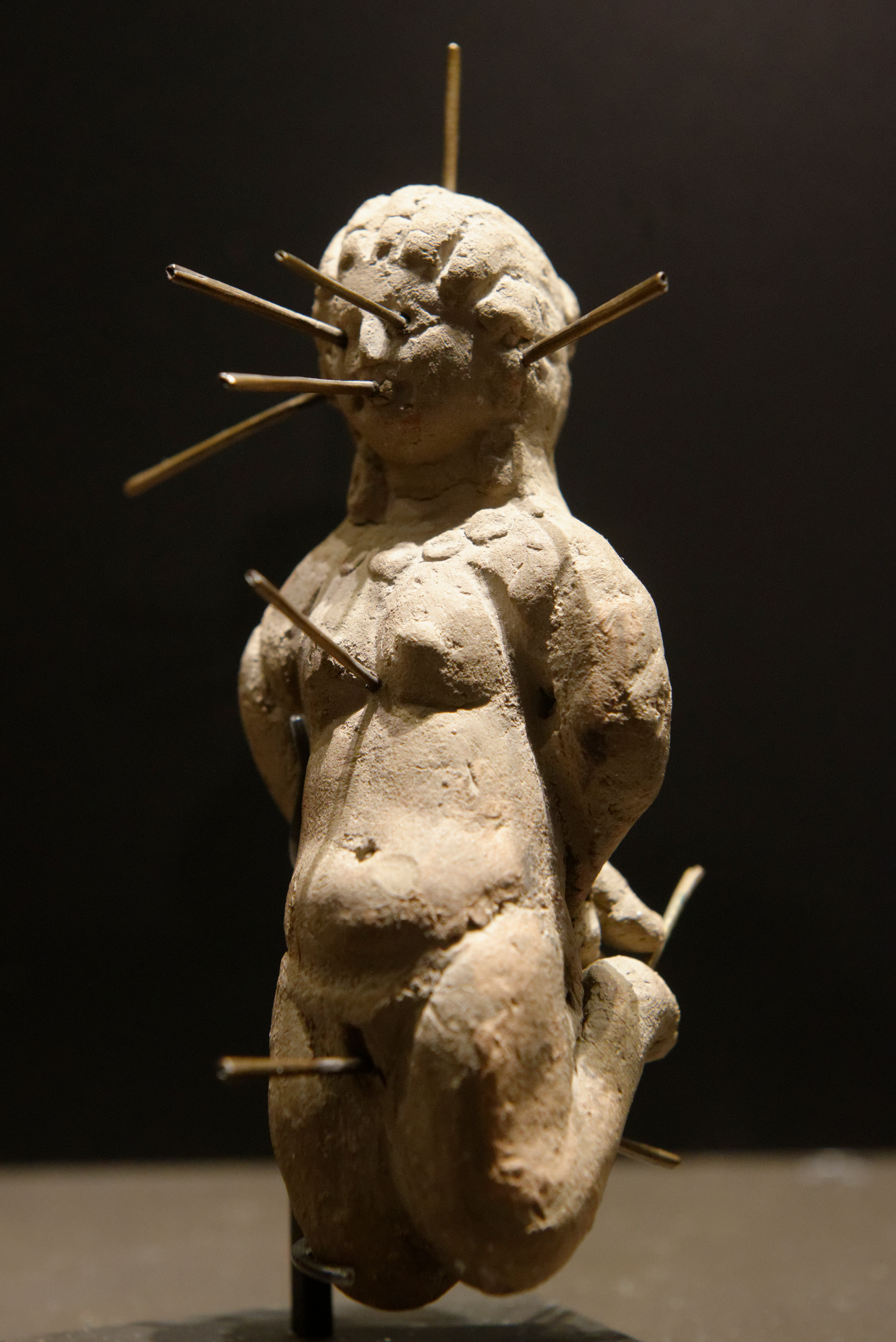 Spells, charms, erotic dolls: love magic in the ancient Mediterranean