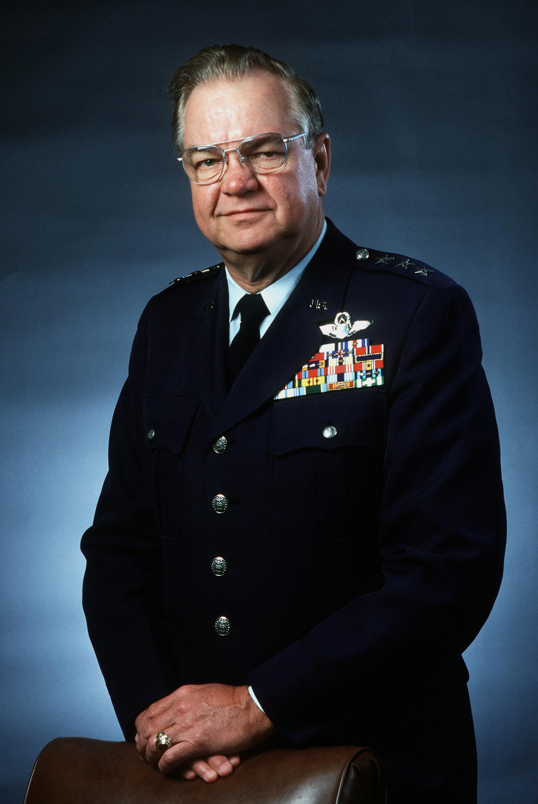 William L . Kirk