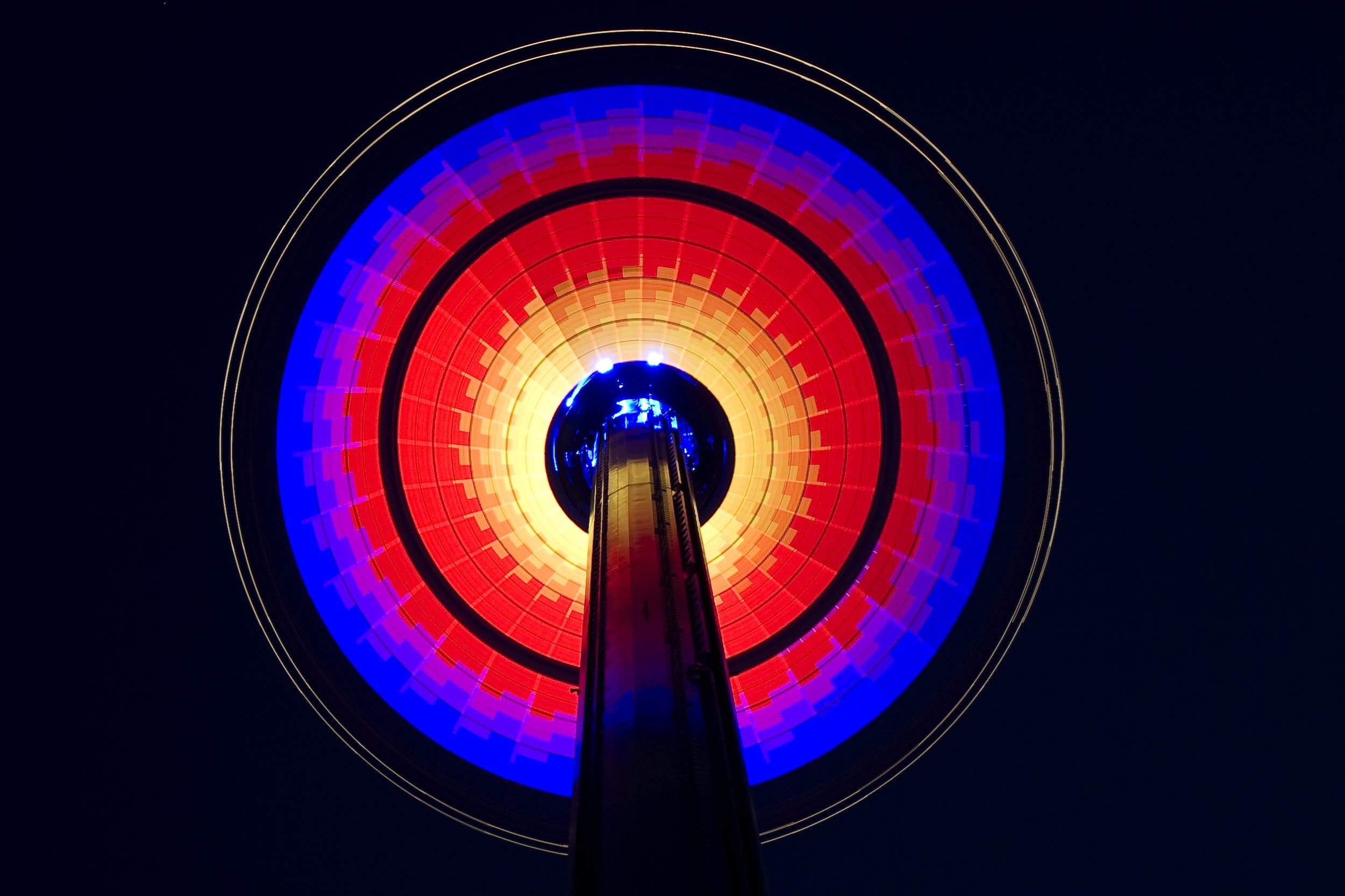 Night light wikipedia - File Windseeker At Night Light Design 4 Jpg