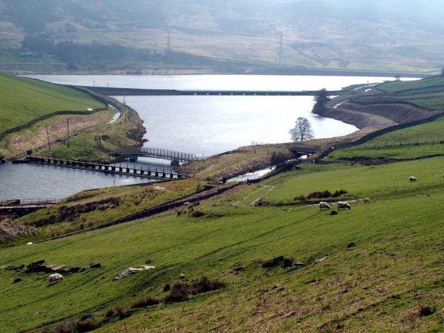 Woodhead Reservoir - geograph.org.uk - 388670