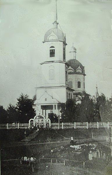 File:Введенская церковь в Лаве.jpg