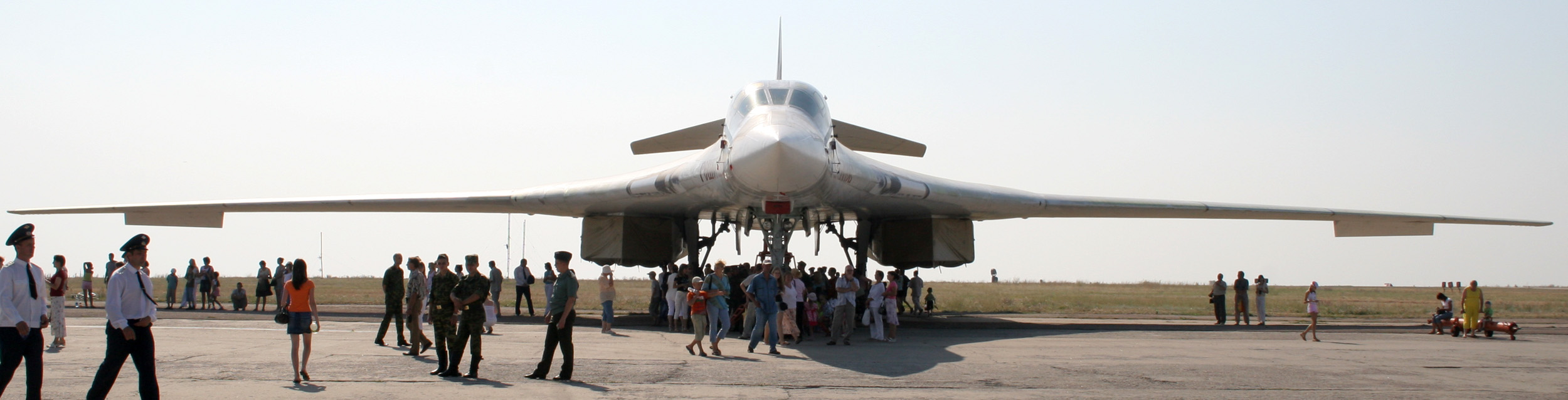 Энгельс Ту-160 02 фото 3.jpg