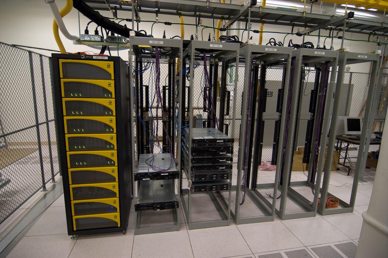 Server Room Design Layout