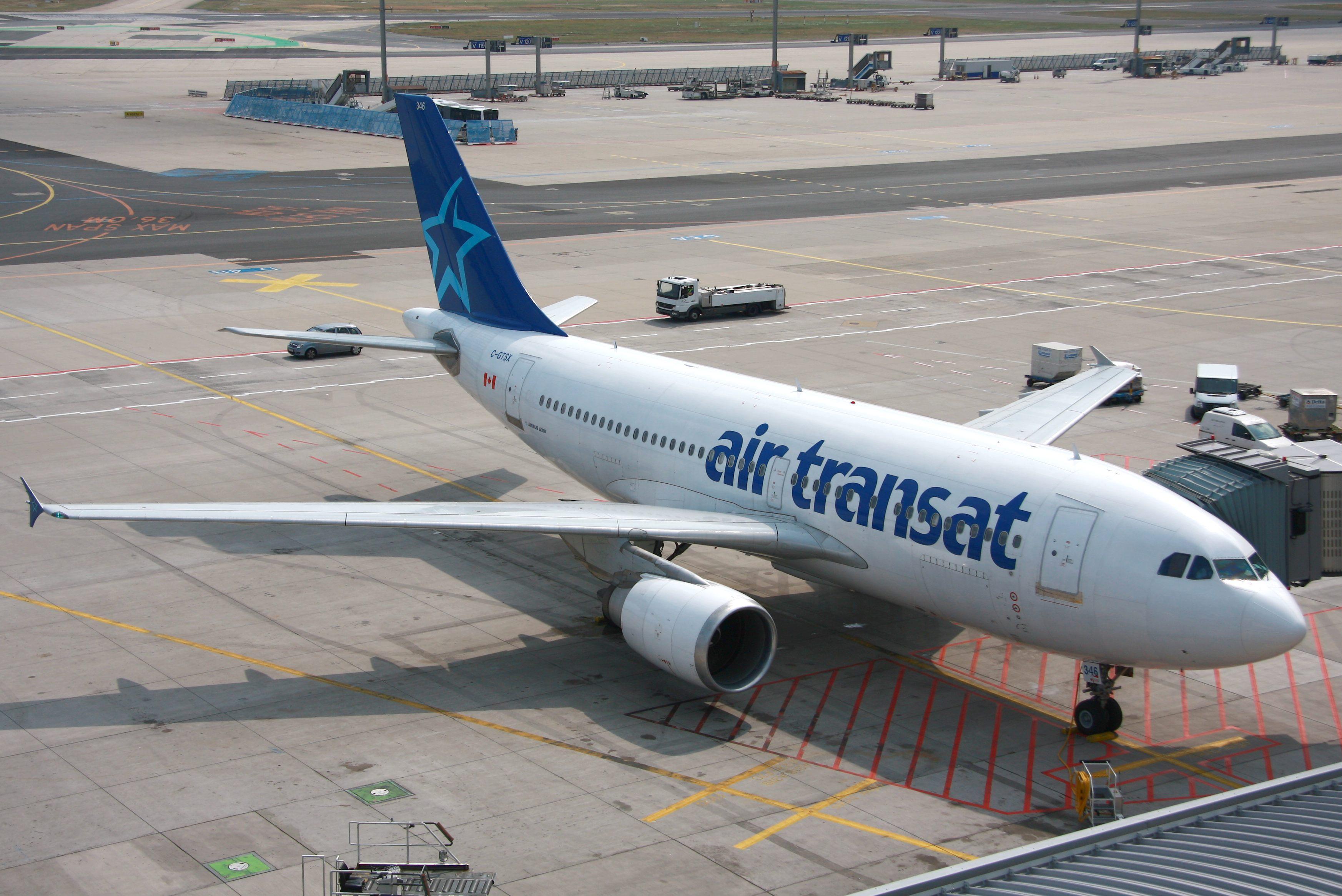 file a310 airtransat c gtsx eddf jpg