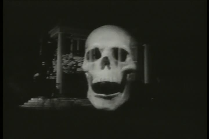 Attacking skull in The Screaming Skull (01.02.48).jpg