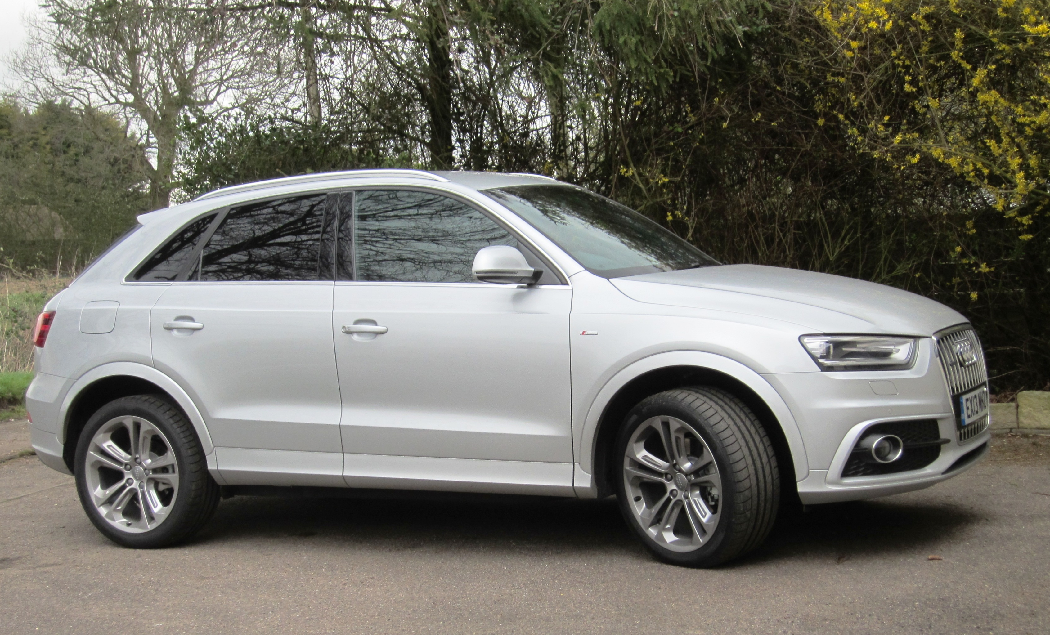 File Audi Q3 Reg March 2013 1968cc Diesel Jpg Wikimedia