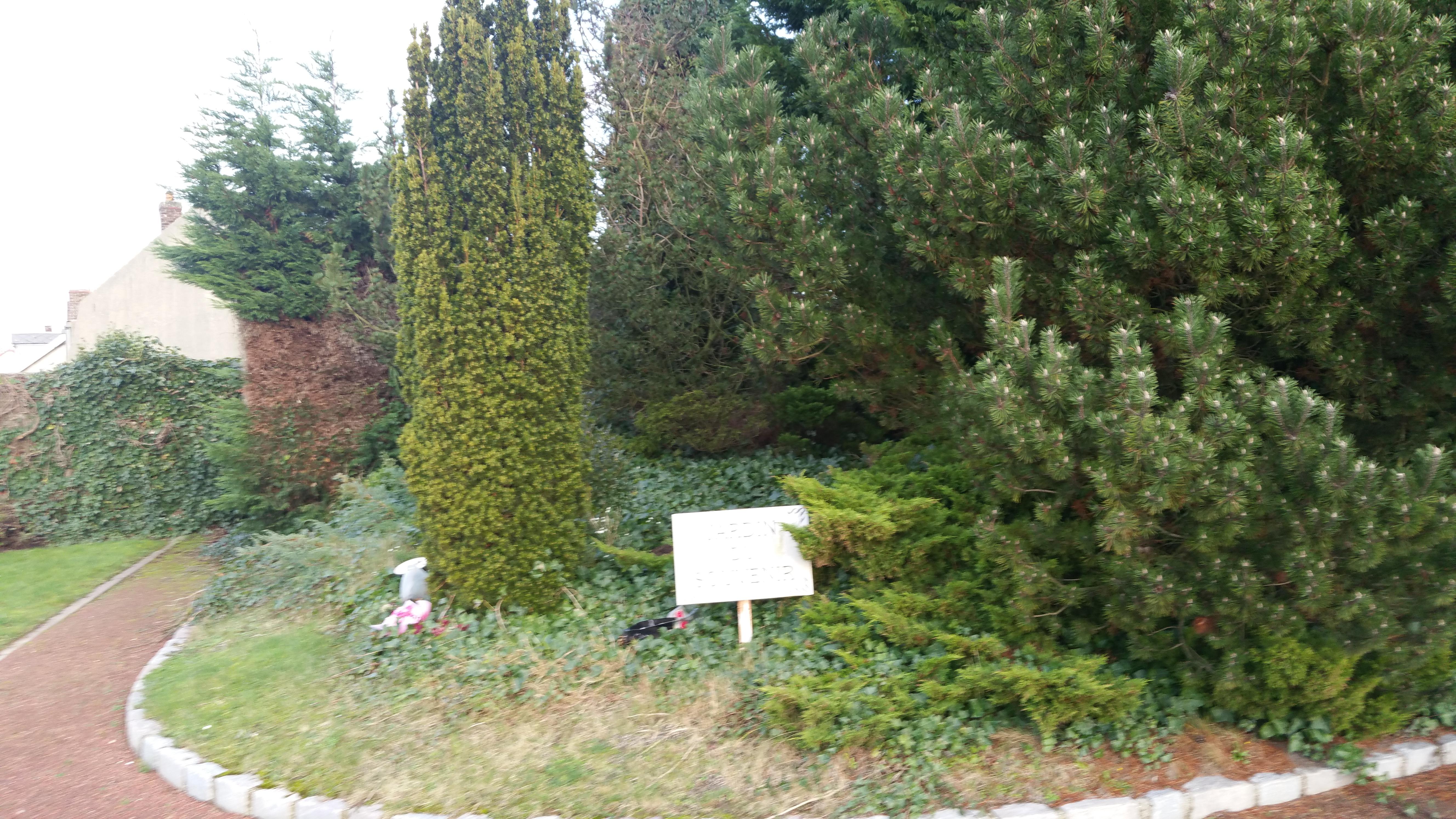filebthune cimetire nord jardin du souvenirjpg - Jardin Du Souvenir