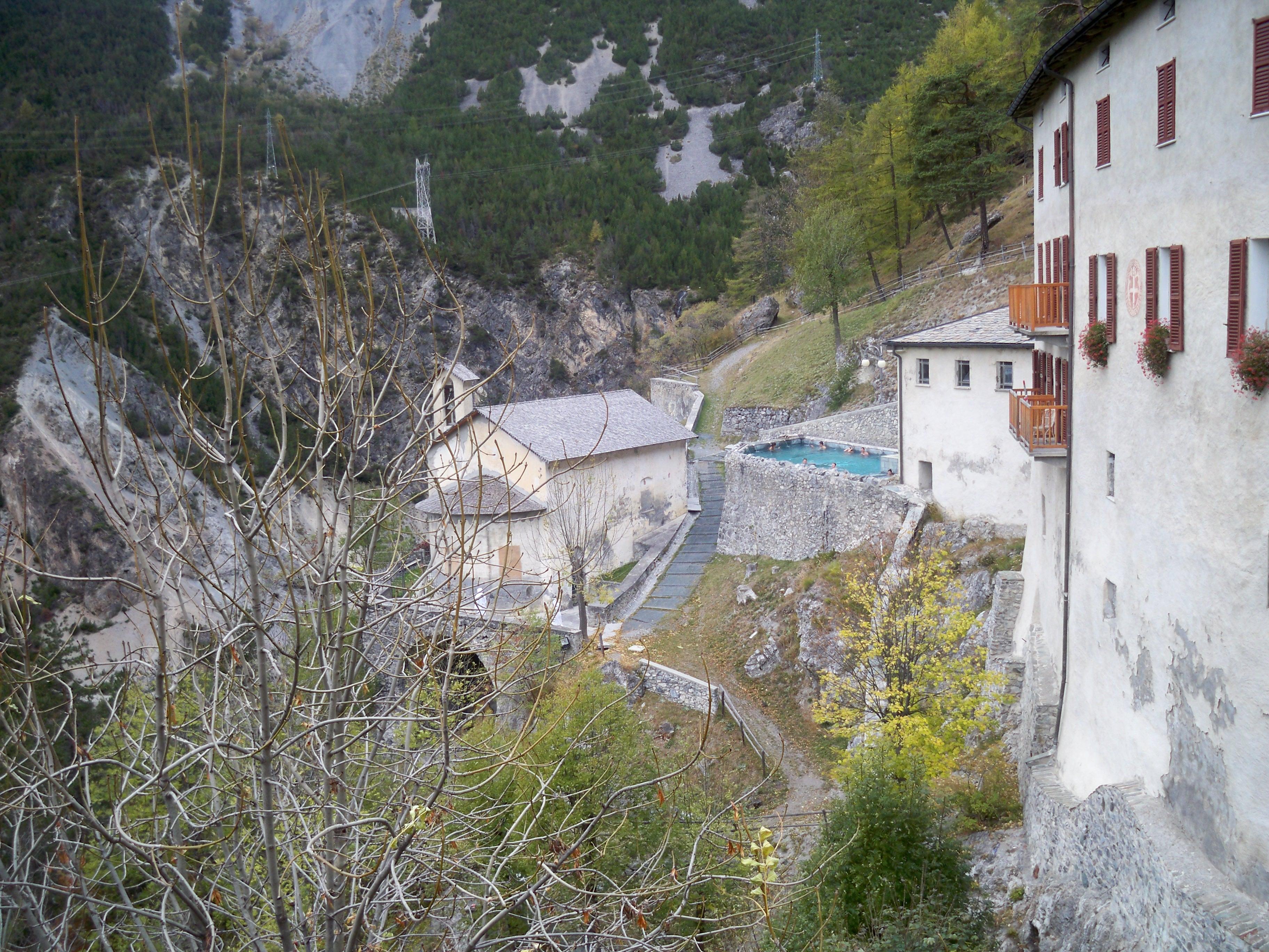 File bagni vecchi di bormio jpg wikimedia commons - Terme bagni vecchi bormio ...