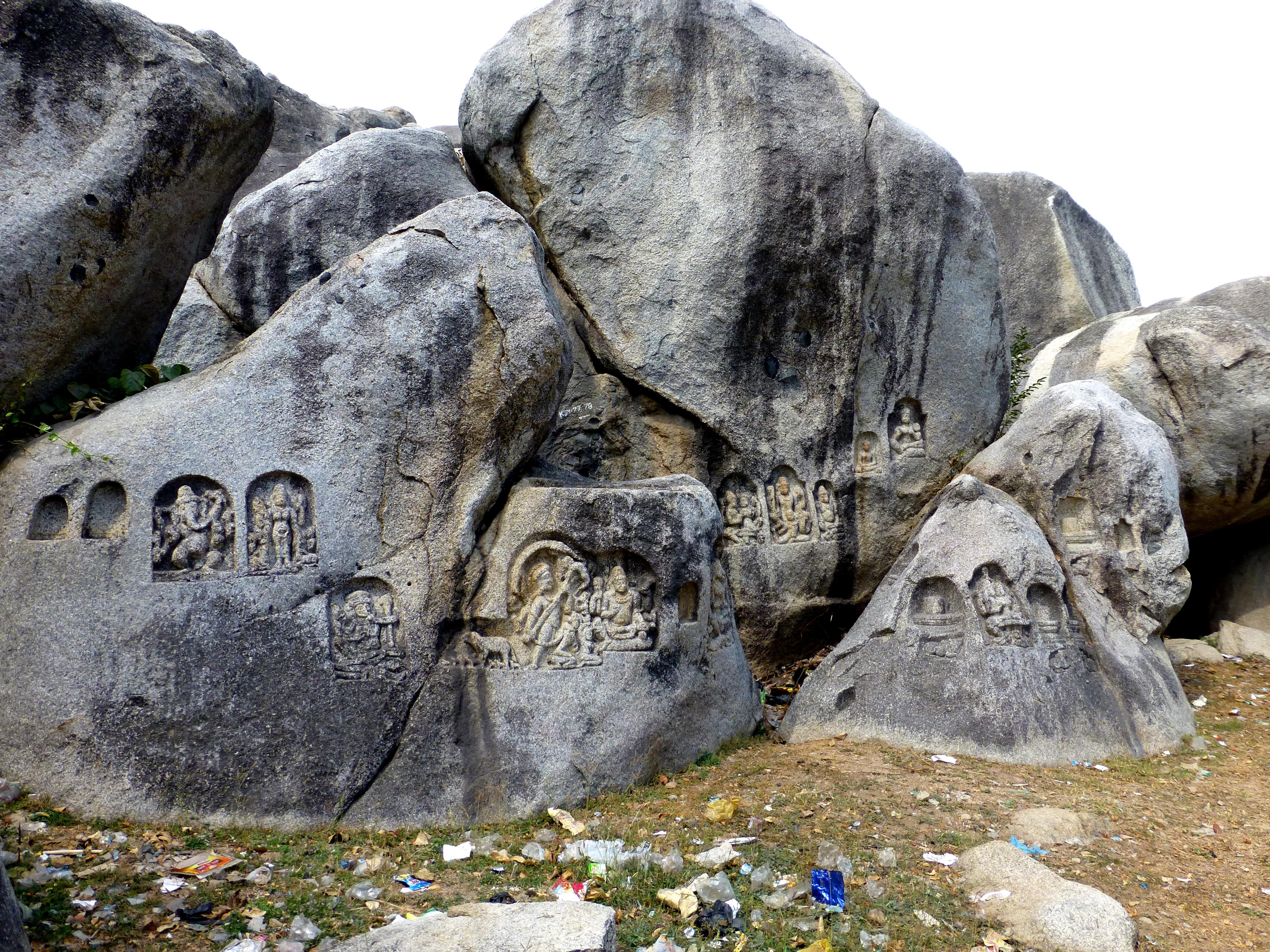 File barabar caves rock carvings kawa dol
