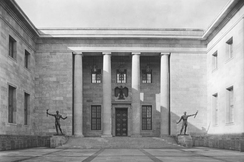 Berlin. The new building of the Reich Chancellery.