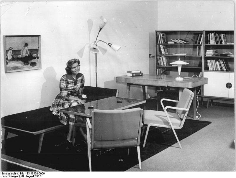 file:bundesarchiv bild 183-49400-0009, wohnzimmer, veb deutsche ... - Deutsches Wohnzimmer