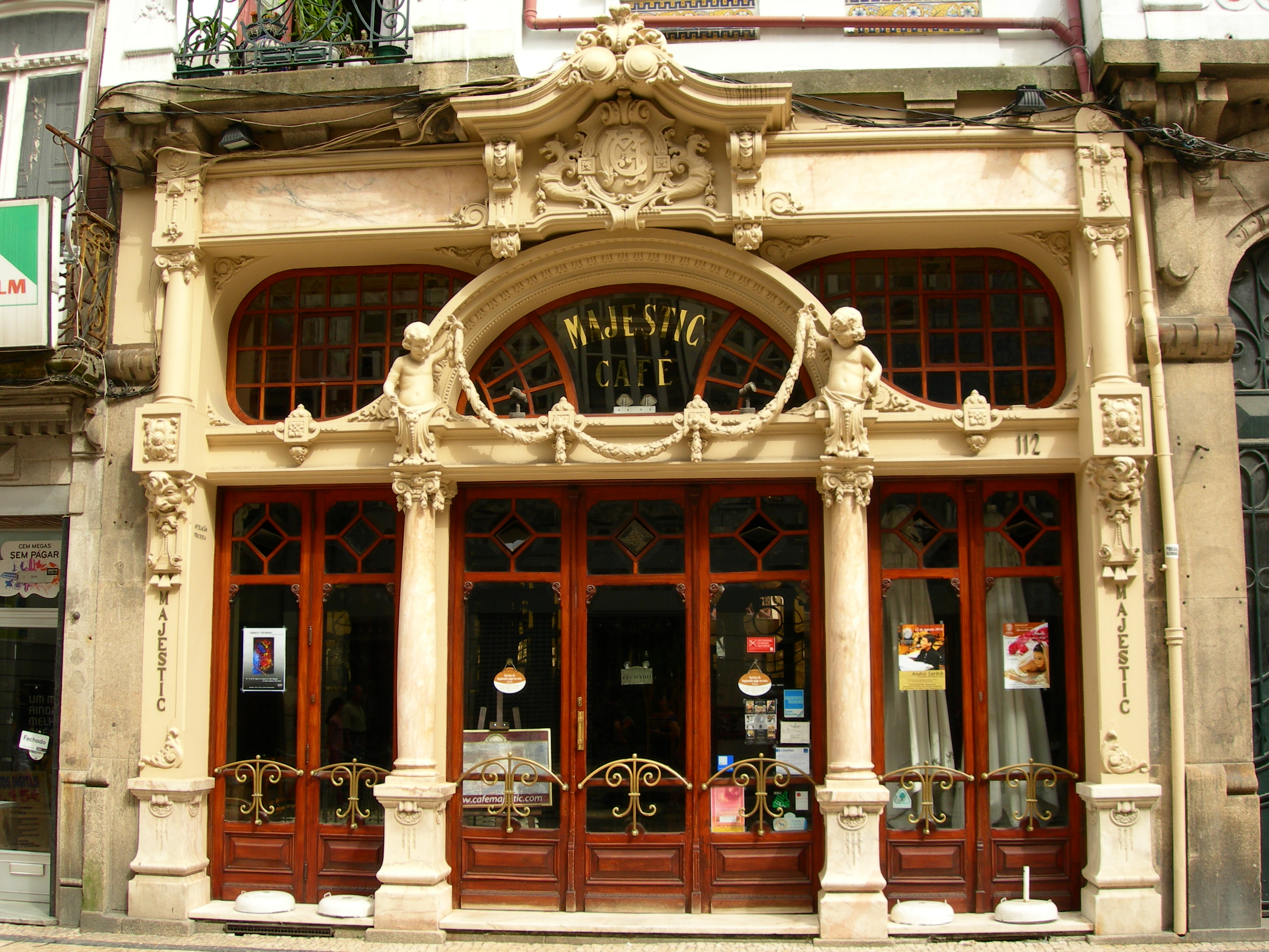 La Caf De Poissy Zone