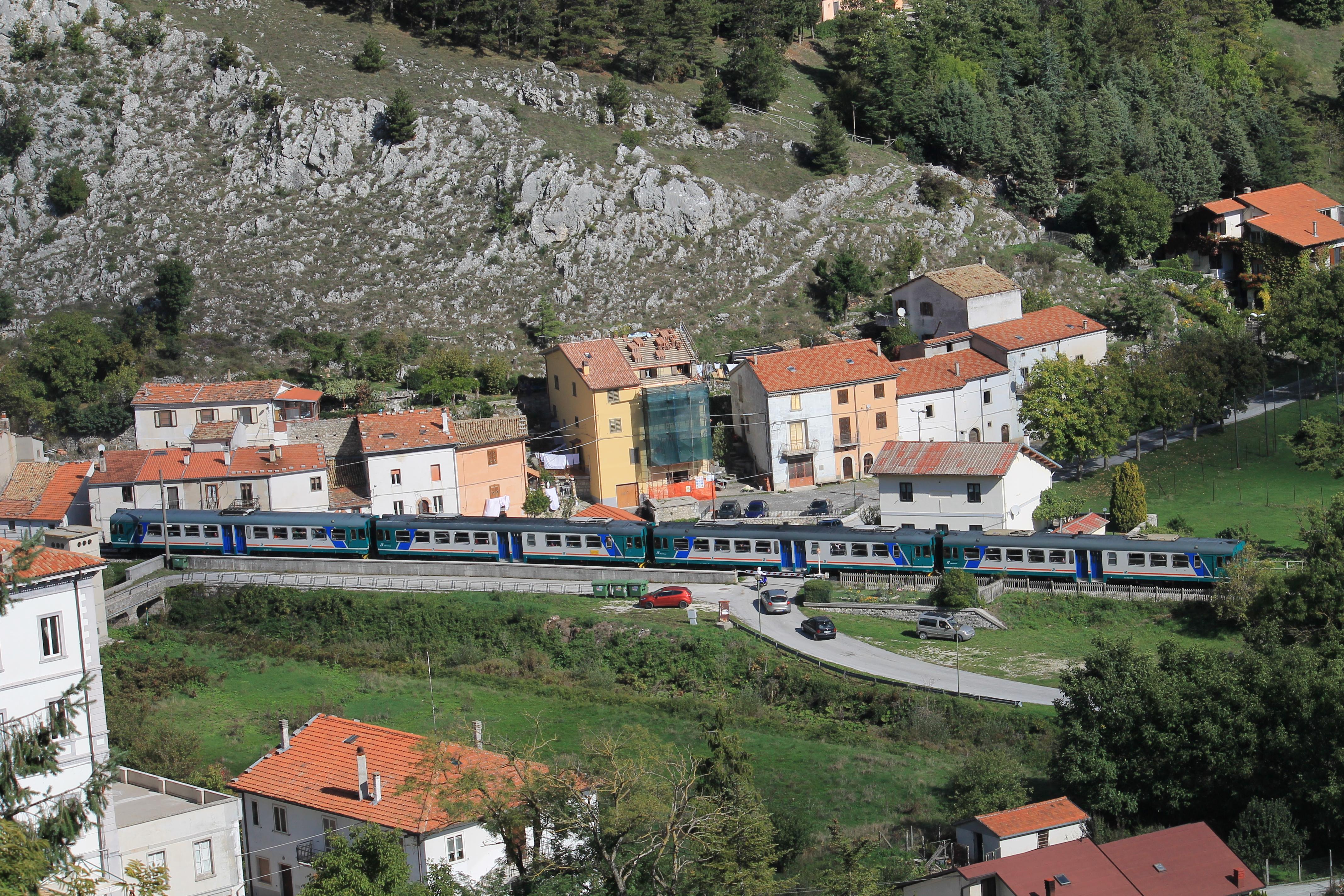 Roccasicura - Wikivoyage, guida turistica di viaggio