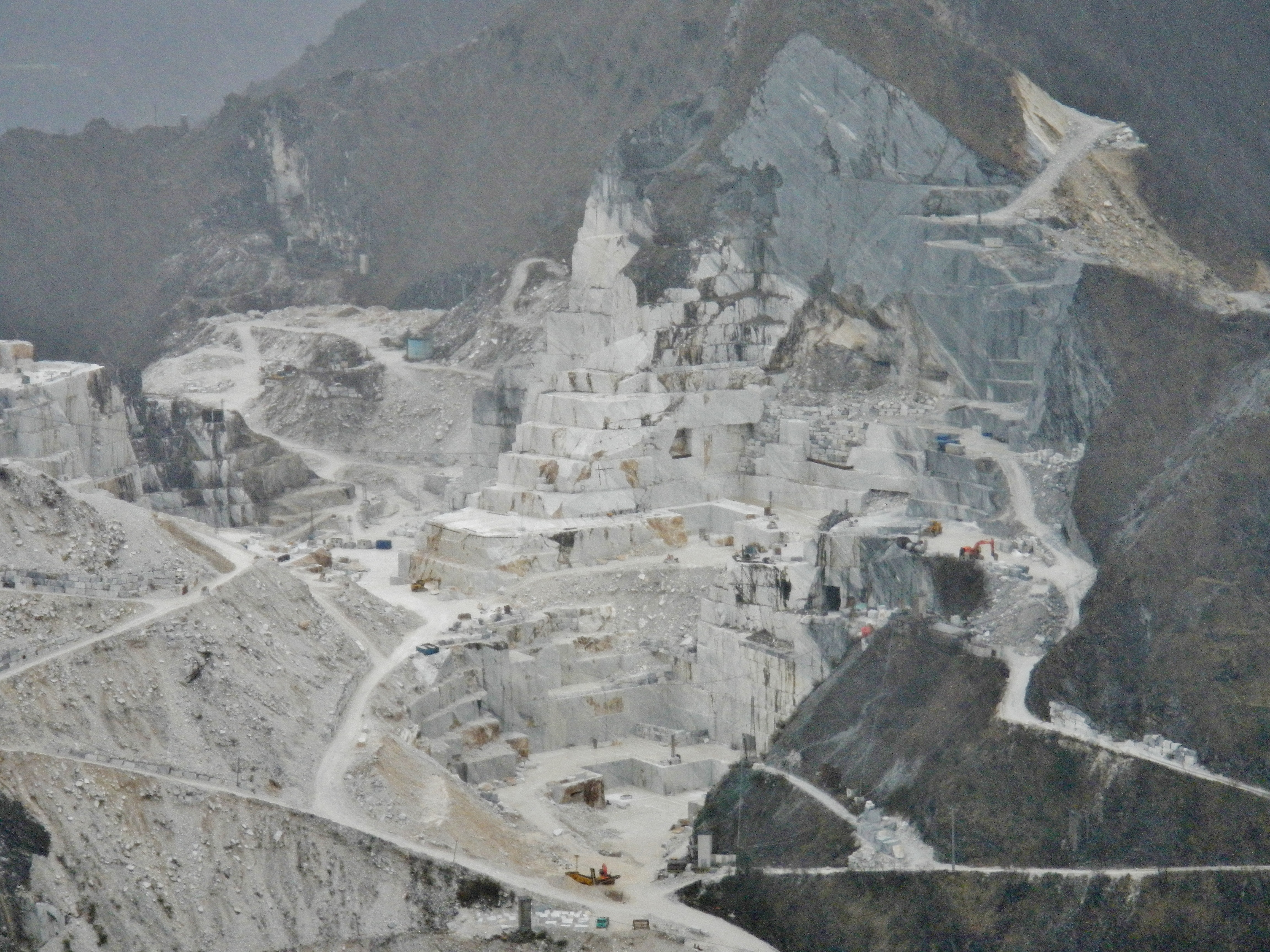 Carrara Marmor file carrara marmor il marmo di carrara panoramio 5 jpg