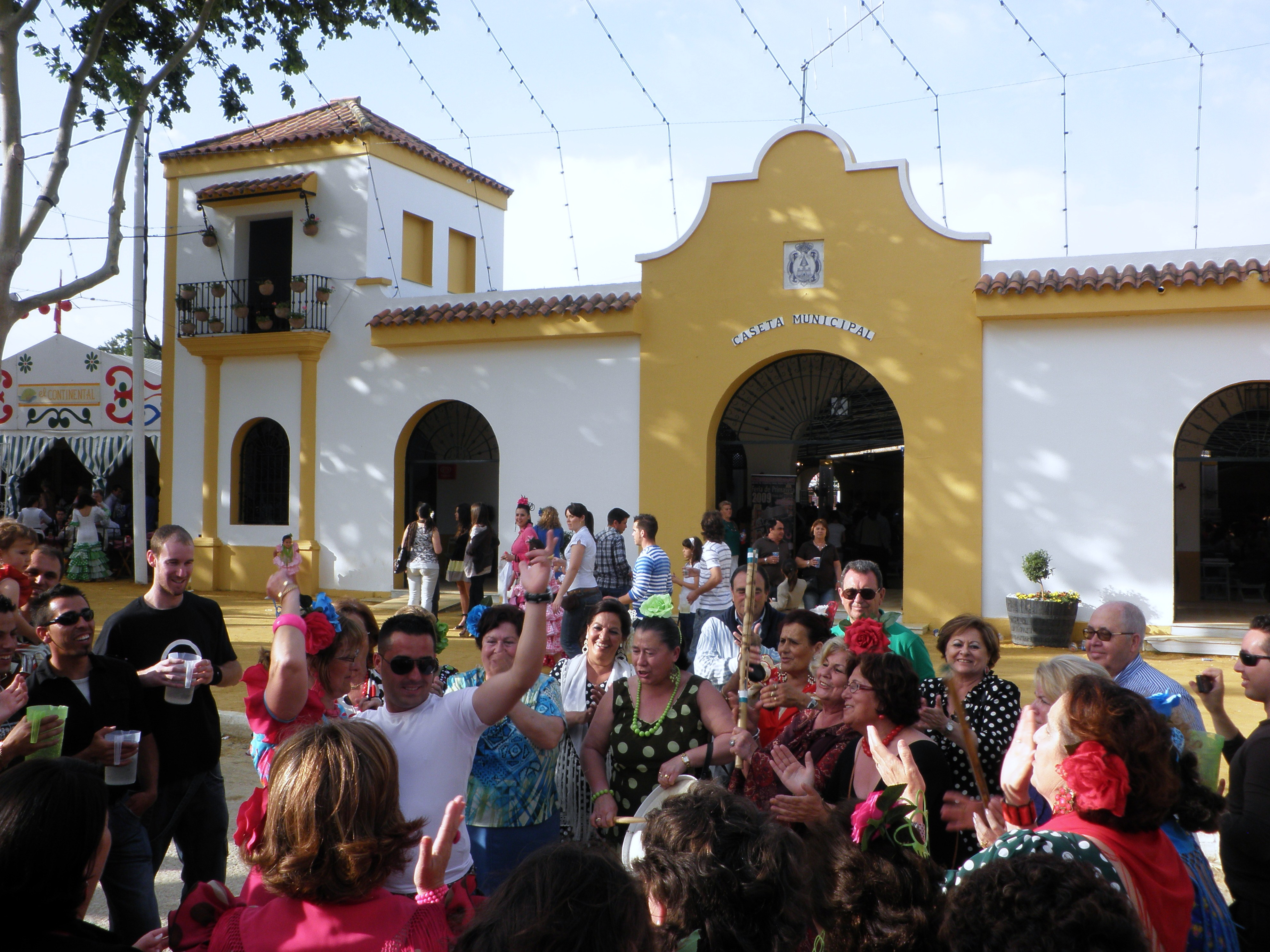 filecaseta municipal feria de primavera y fiesta del vino finojpg