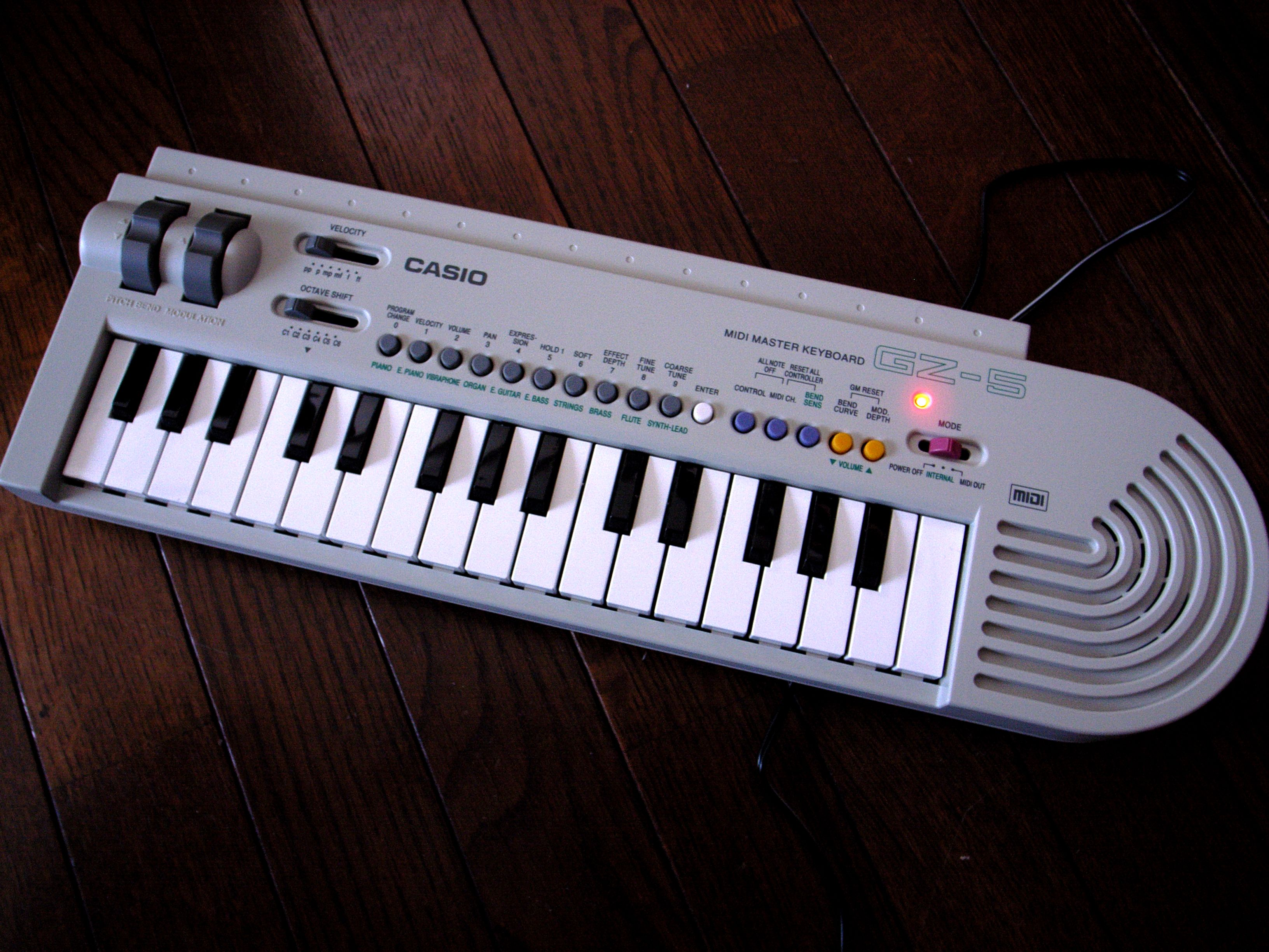 does anyone know of some old mini casio keyboards that have midi out synthesizers. Black Bedroom Furniture Sets. Home Design Ideas