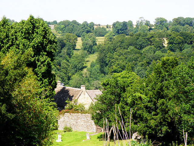 File:Cotswold Countryside - geograph.org.uk - 898082.jpg