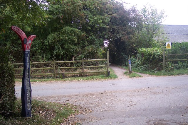 Crab and Winkle Way Cycle path crosses Chapel Lane - geograph.org.uk - 1520969