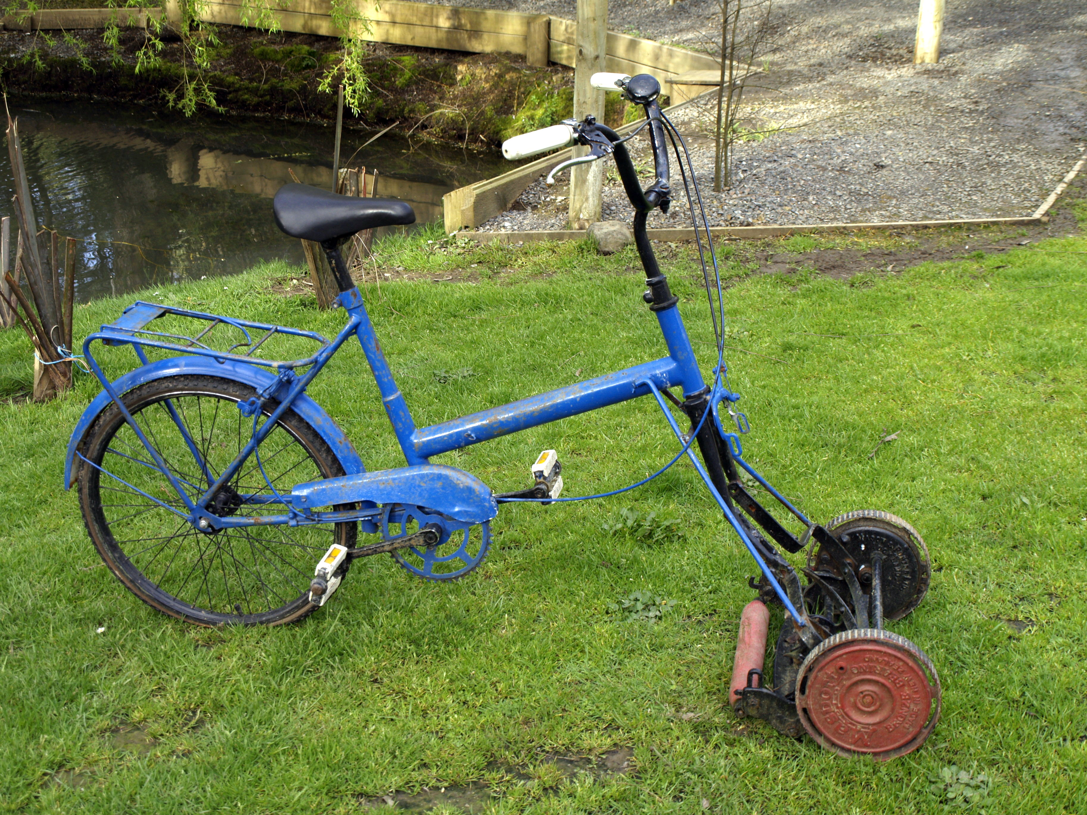File Cylinder Mower Bicycle Jpg Wikimedia Commons