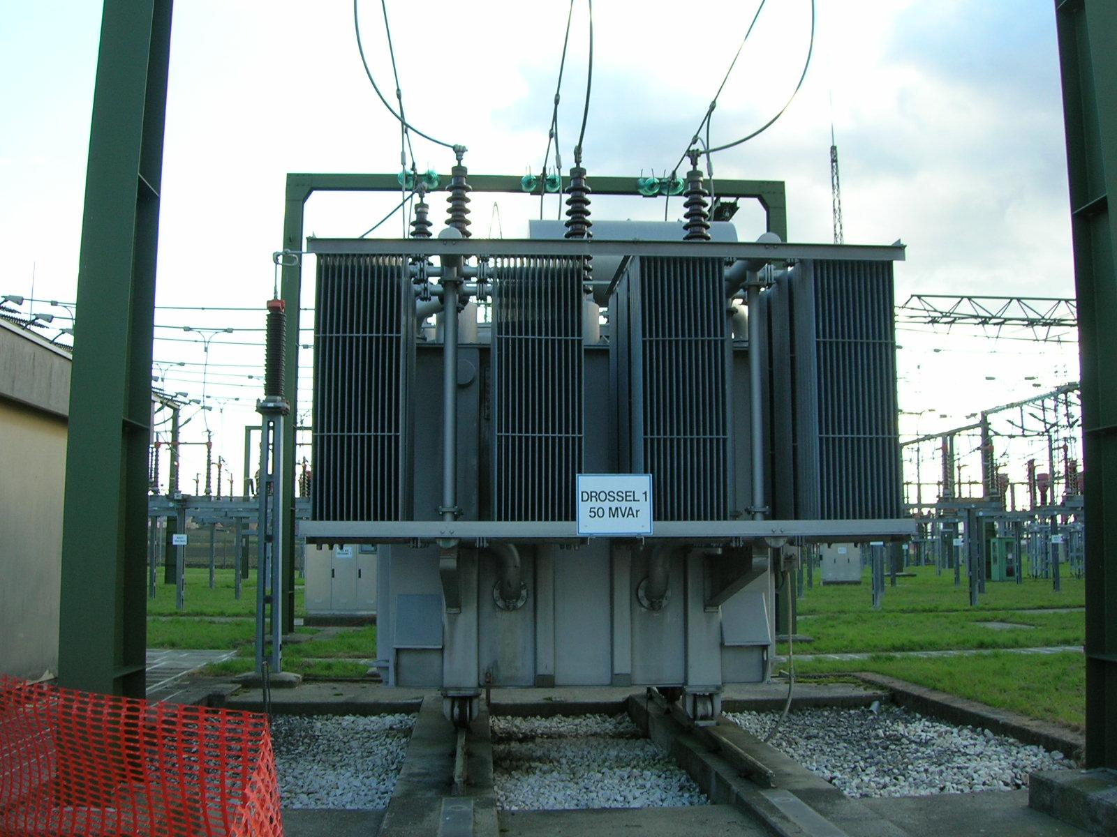 Схемы подстанций с токоограничивающими реакторами
