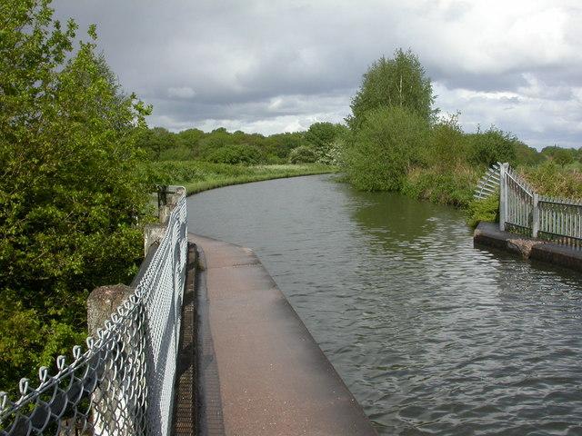 Dunham Town, Bridgewater Canal - geograph.org.uk - 1311997