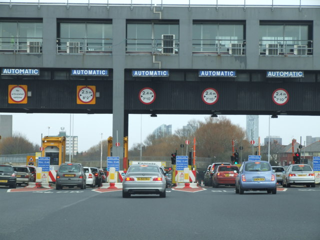 Datei:Entrance to Kingsway Tunnel - geograph.org.uk - 1215595.jpg