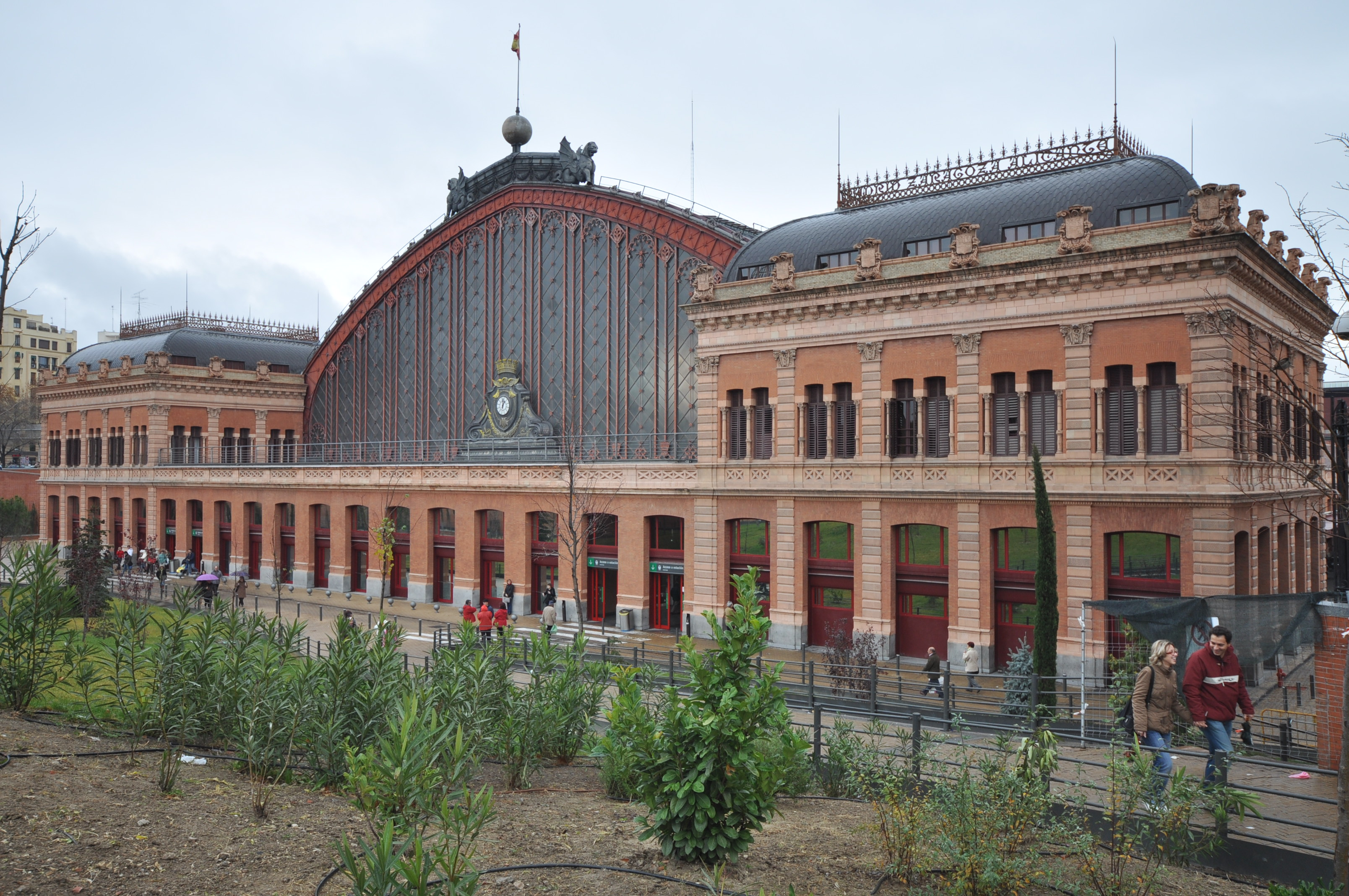 File Estacion Atocha Jorge Wikimedia Commons