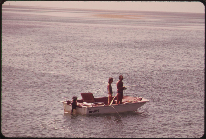 File fishing near marathon in the central florida keys for Marathon key fishing
