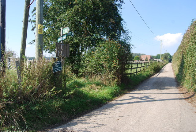 Footpath junction near Tonford manor - geograph.org.uk - 983921