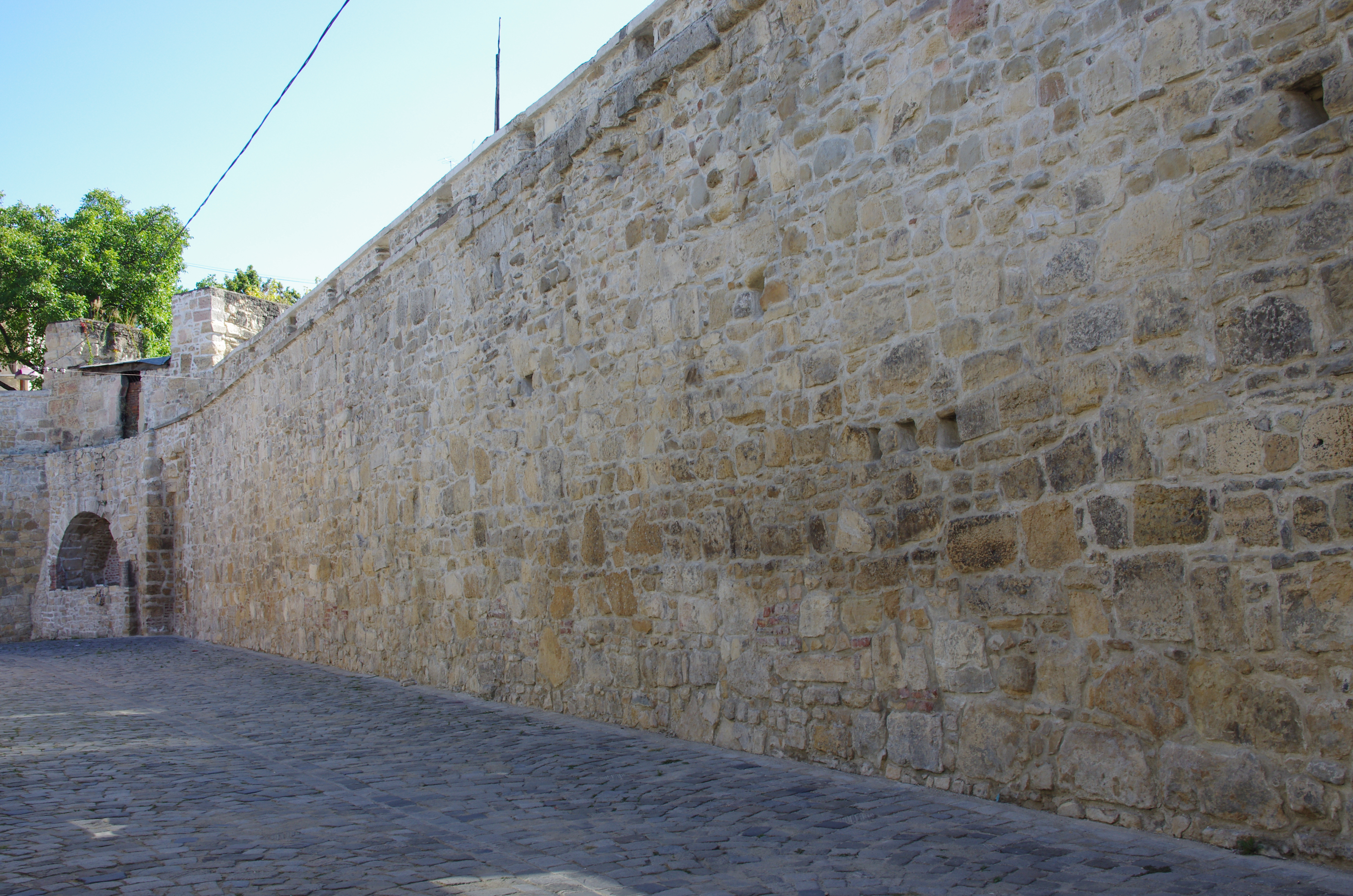 File Fragments Of Cluj City Walls From Potaissa Street