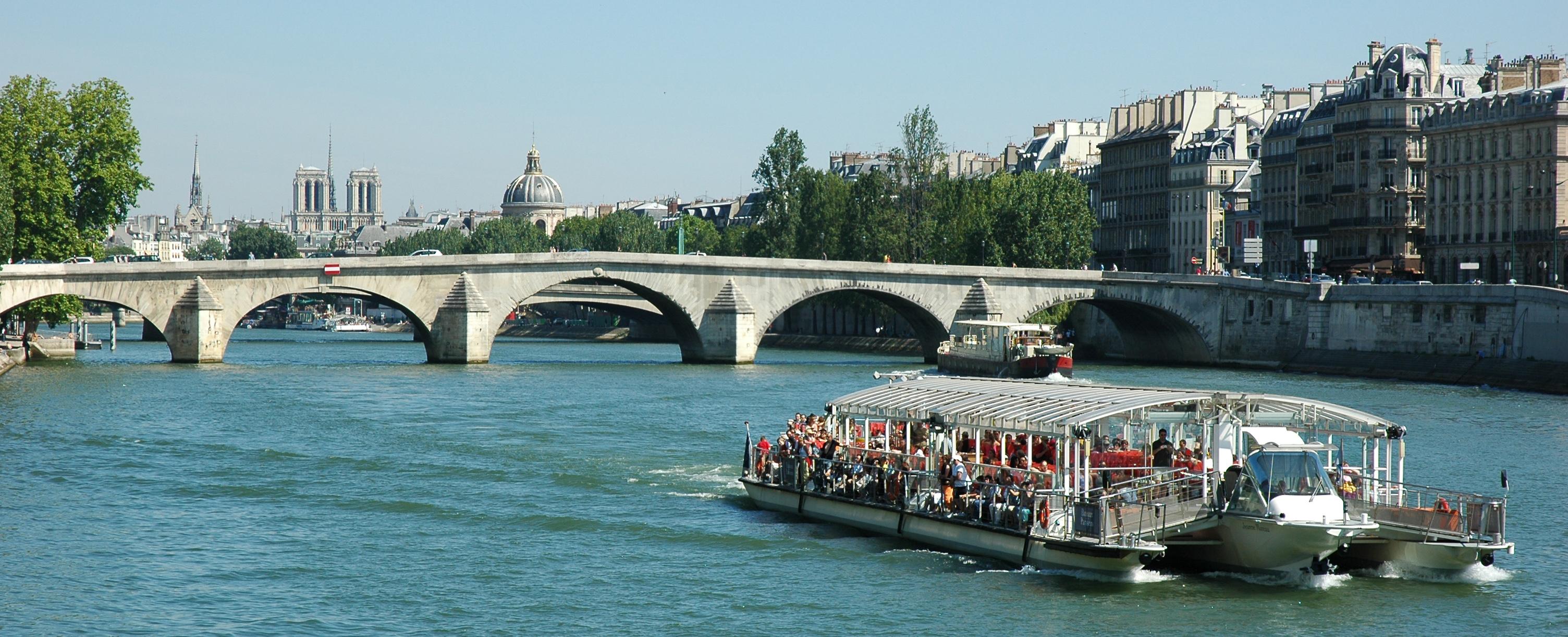 ■巴黎搭乘塞纳河游船:在船上欣赏两岸如画的景致,更显浪漫高清图片