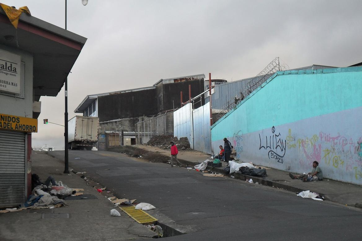 From San Jose To San Francisco >> File:Ghetto area in San Jose.JPG - Wikimedia Commons