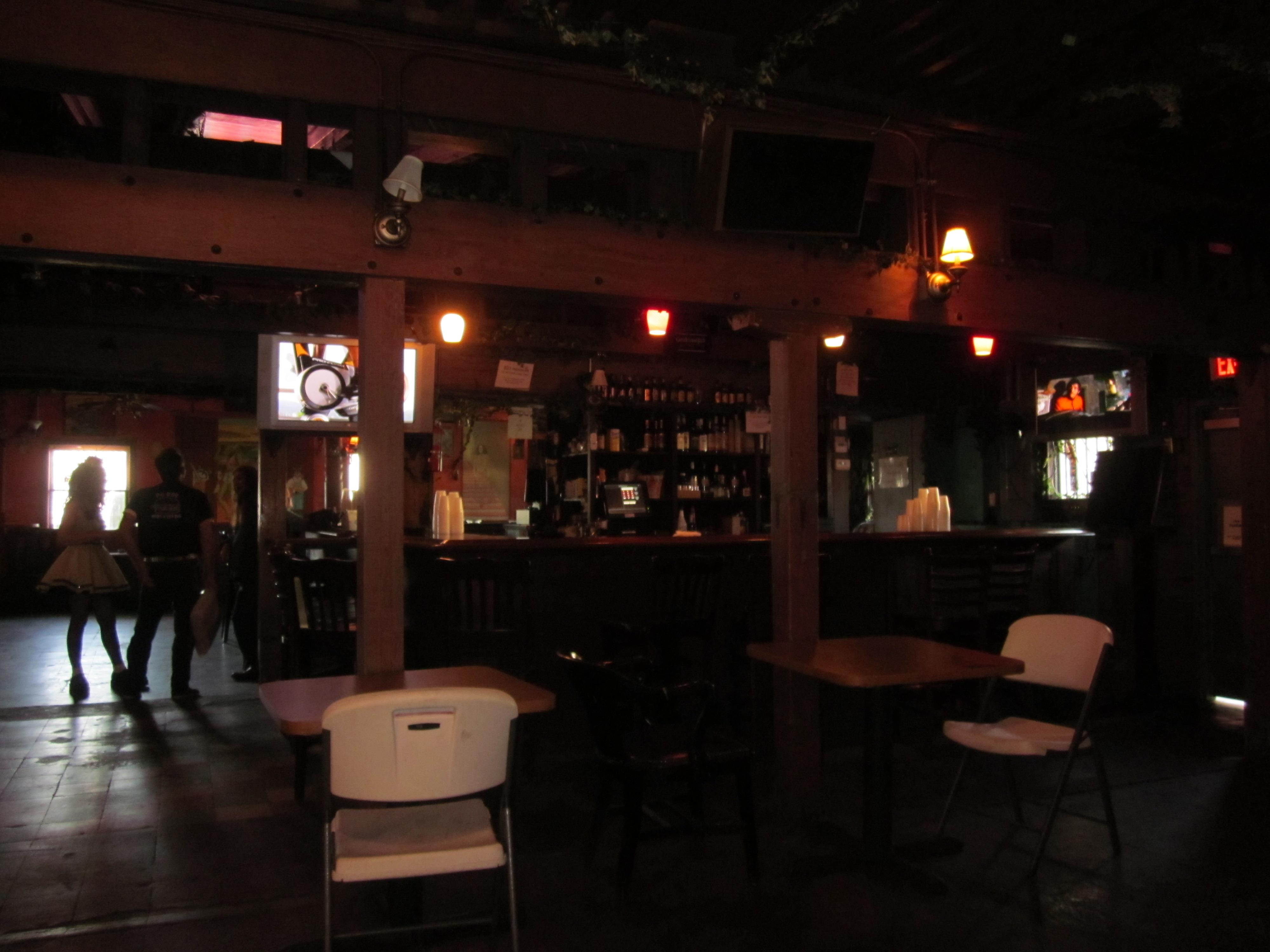 File:Grits Bar Interior New Orleans 2