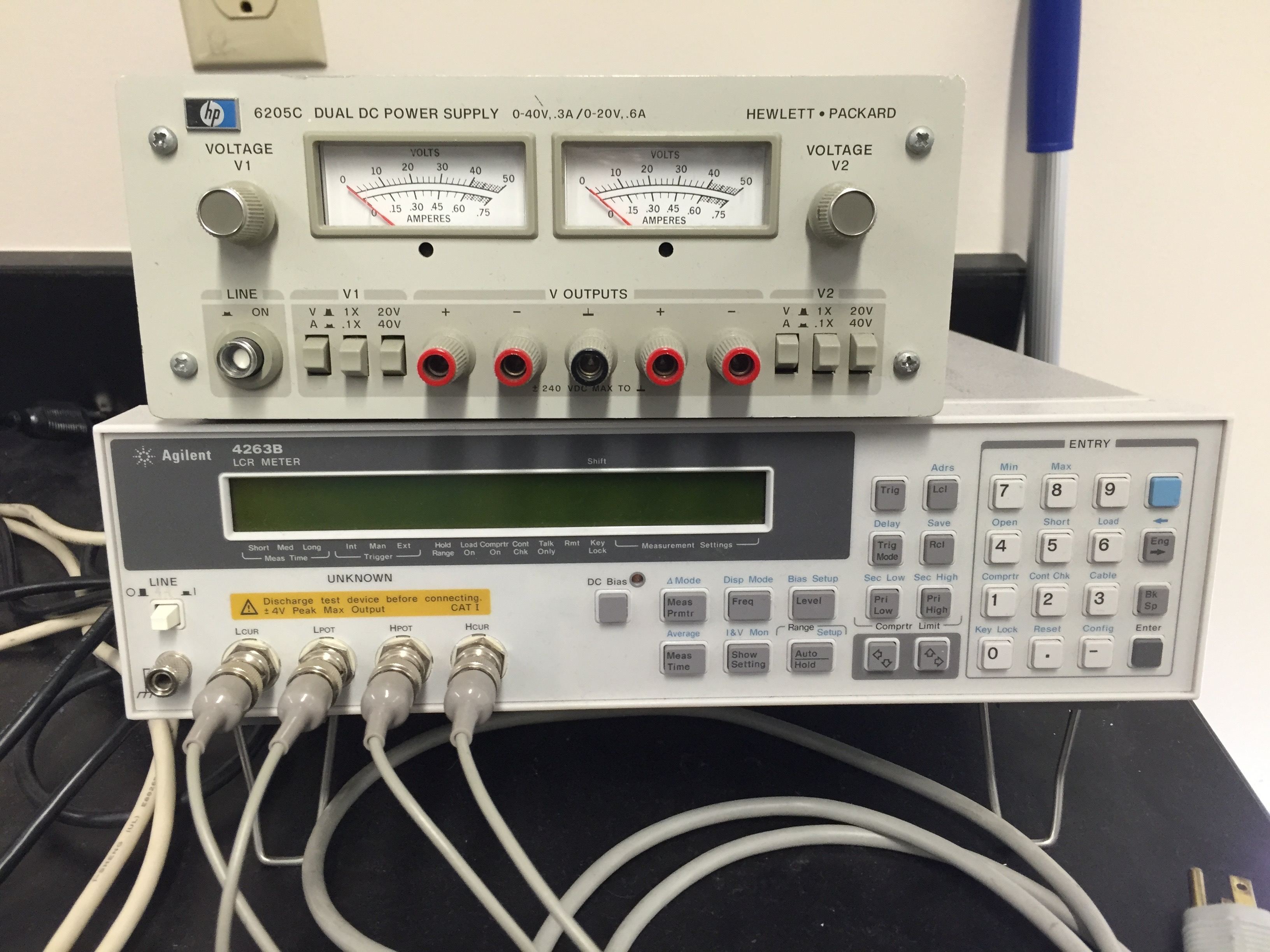 Hp Lcr Meter : File hp c dual dc power supply v a/